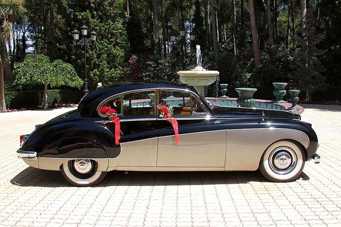 alquiler de jaguar mk ix negro dorado 1960 coches clasicos antiguos vintage para bodas eventos y rodajes en valencia jjdluxe cars lateral
