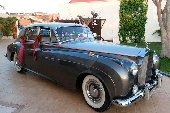 alquiler de rolls royce silver cloud plata 1957 para bodas precio eventos rodajes jj dluxe cars valencia portada