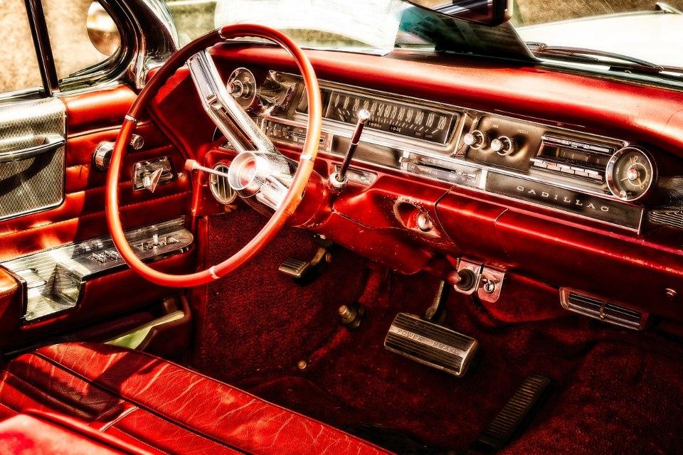 alquiler de coches para bodas clasicos eventos rodajes jjdluxe cars valencia coleccion cadillac