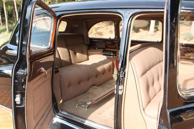 alquiler de cadillac deville sedan negro 1947 bodas eventos rodajes jj dluxe cars alicante