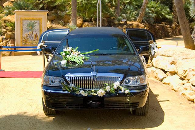 alquiler de limusina negra en valencia lincoln town 9 bodas eventos rodajes jj dluxe cars