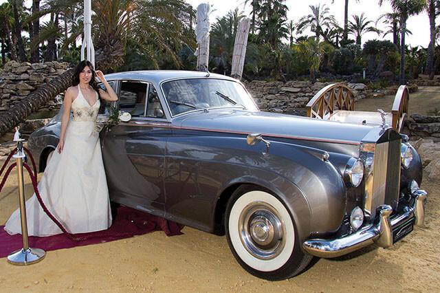 alquiler de rolls royce silver cloud plata 1957 para bodas precio eventos rodajes jj dluxe cars valencia
