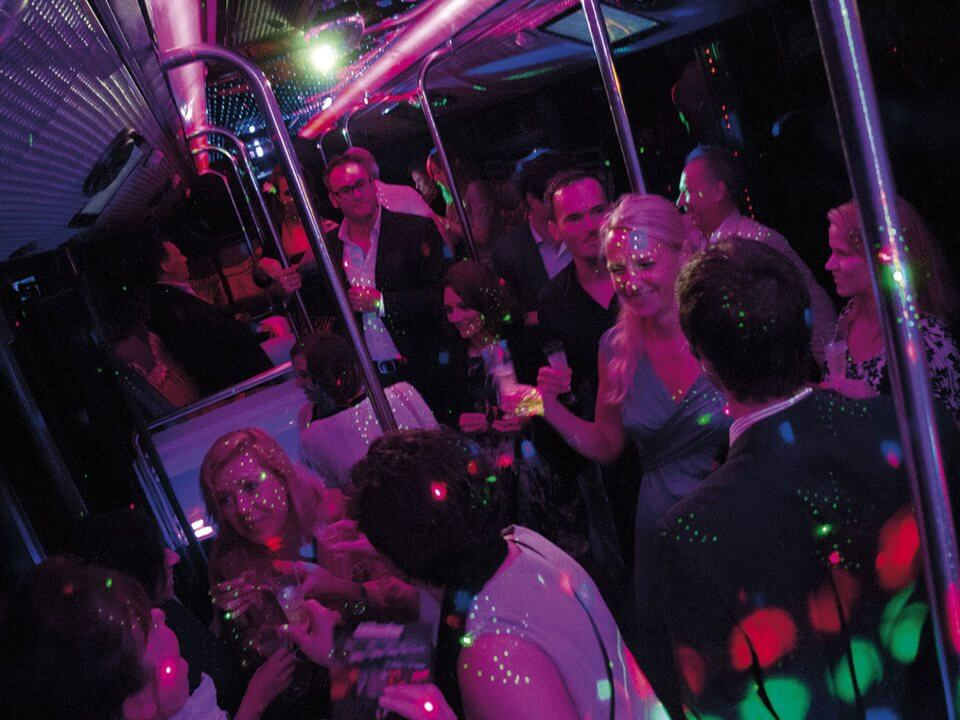 alquiler de discobus en valencia despedidas soltera fiestas cumpleanos eventos jj dluxe cars 7