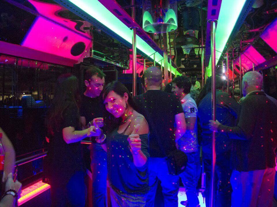 alquiler de discobus en valencia fiestas despedidas soltera cumpleanos eventos jj dluxe cars servicio