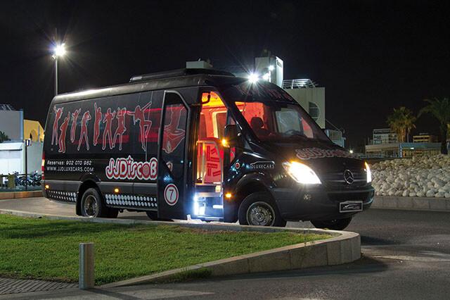 alquiler de discobus en valencia negro transfers despedidas soltera fiestas cumpleanos eventos 21 personas jj dluxe cars 6