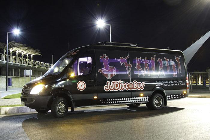 alquiler de discobus en valencia negro transfers despedidas soltera fiestas cumpleanos eventos 21 personas jj dluxe cars