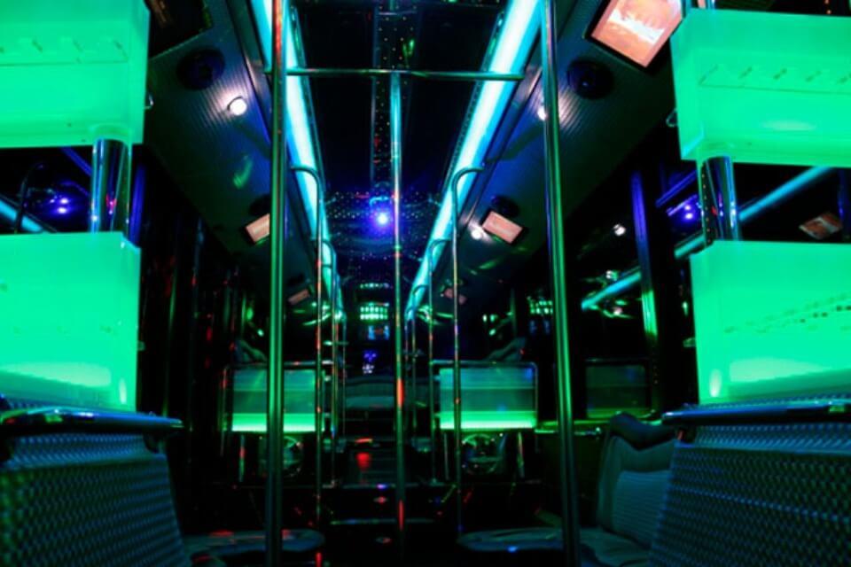alquiler de discobus en valencia transfers despedidas soltera fiestas cumpleanos eventos 50 personas jj dluxe cars 5