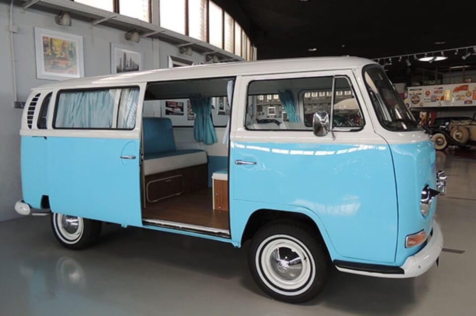 furgonetas para bodas alquiler volkswagen hippie kombi t2 blanca azul en valencia bodas eventos rodajes jj dluxe cars portada
